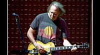 Neil Young and Crazy Horse played the Hollywood Bowl, Los Angeles, CA on October 17th, plugging songs from his new record Psychadelic Pill. Thanks to ghostface for the upload. Setlist/Tracklist:...